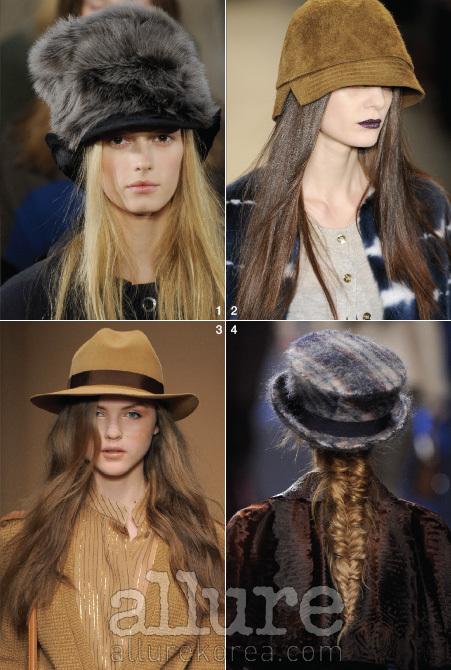 1. 마크 바이 마크 제이콥스 - 풍성한 모피 모자가 간결한 블랙 룩을 드라마틱하게 변신시킨다.2. 피터 솜- 눈이 보일 듯 말 듯 눌러쓰는 최신식 모자 연출법.3. 살바토레 페라가모 - 페도라가 없었다면 자칫 할머니의 니트 룩처럼 보였을지도 모르겠다.4. 디올 - 땋은 머리 위에 올려진 앙고라 체크 모자는 보헤미안의 감성을 전한다.