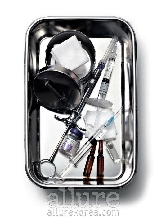 민감성 피부의 경우, 일반 주사기를 사용하면 유리 앰풀의 미세한 유리 가루나 박테리아가 주사액과 섞여 부작용을 일으킬 수 있다. 이 같은 상황을  예방하기 위해 필터 주사기를 사용해달라고 미리 의사에게 말할 것.