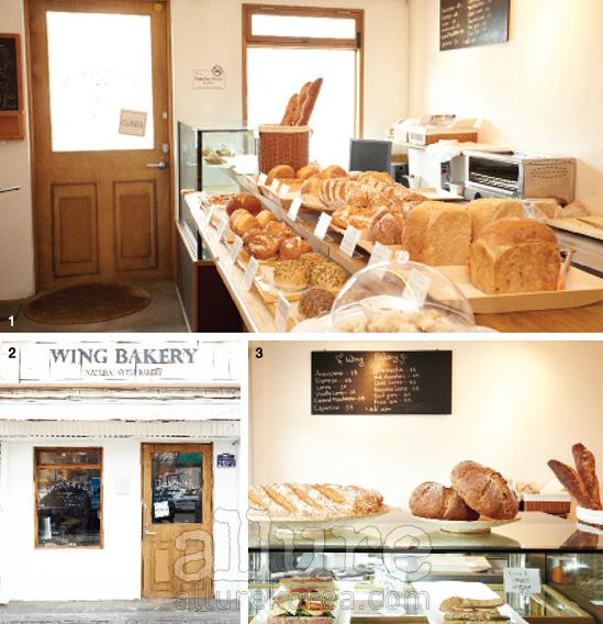1, 3 갓 구운 빵과 샌드위치가 진열되어 있는 베이커리의 실내. 2 유럽의 베이커리를 연상시키는 멋스러운 외관.