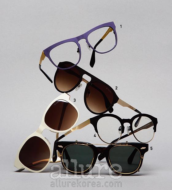 1,4. 스틸 소재의 안경은 모두 19만5천원.2,3. 스틸 소재의 선글라스는 모두 22만5천원.5. 뿔테 선글라스는 가격미정. 트리티 공식 판매처는편집숍 프로덕트 서울과 부산, 디자이너 홍혜진의스튜디오 K 매장.