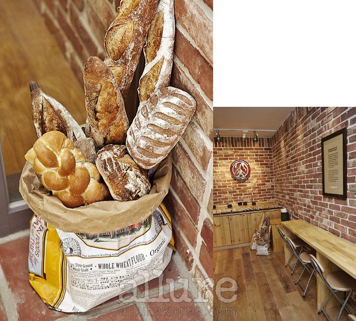 아티장이라는 말 그대로 장인 정신에 입각해 빵을 만드는 아티장 베이커스. 사워종 빵에 대한 애정이 지극한 곳이다.