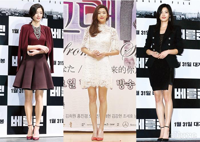 최근, 전지현이 시사회 룩으로 즐겨 입는 건 무릎을 살짝 드러내는 길이의 스커트나 드레스다. 여성스러운 이미지와 자신의 강점인 매력적인 각선미를 드러내기에 적절한 선택이다.