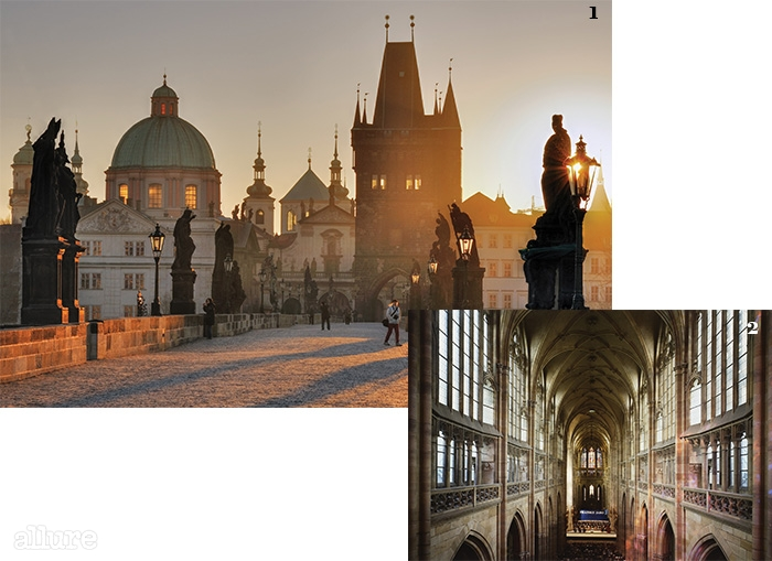 1 시시때때로 변화하는 아름다운 카렐교. 이곳에서는 모든 관광객이 사진가를 자처한다. 2 유럽에서 가장 아름다운 고딕 양식 성당으로 꼽히는 성 비투스 대성당의 내부.