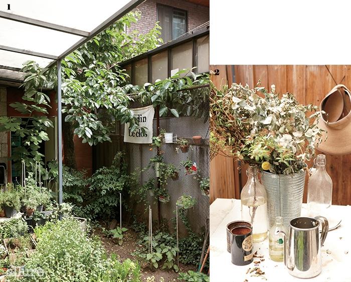 1 프랑스 가정집의 작은 정원을 연상케 하는 르끌로의 텃밭 2 텃밭 테이블에 놓인 아기자기한 소품들
