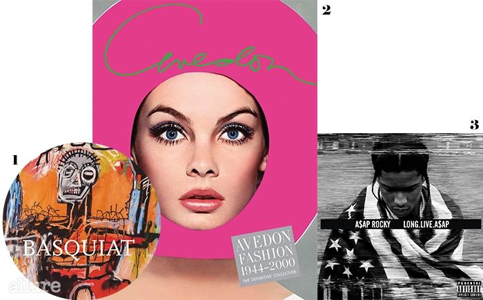1 장 미셸 바스키아의 그림을 모은 책 . 2 리처드 아베돈의 패션 사진을 모은 책 . 3 에이삽 라키의 1집  앨범.
