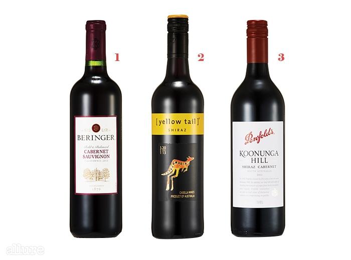 1 1만원대 캘리포니아 와인 베린저. 2 쉬라즈 품종으로 만든옐로 테일은 삼겹살과 잘 어울린다. 1만원대. 3 밸런스가 좋은펜 폴즈 와인. 4만원대.