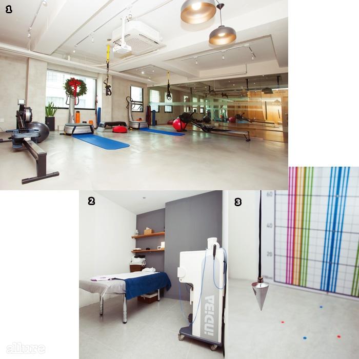 1 트레이너와 1대1파워플레이트 수업이이루어지는 공간.2 모던한 인테리어의시술 룸. 3 체형 계측 공간.