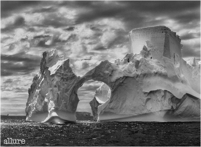 폴렛 섬과 사우스 셰틀랜드 제도에 있는 빙산. 남극 반도. 2005