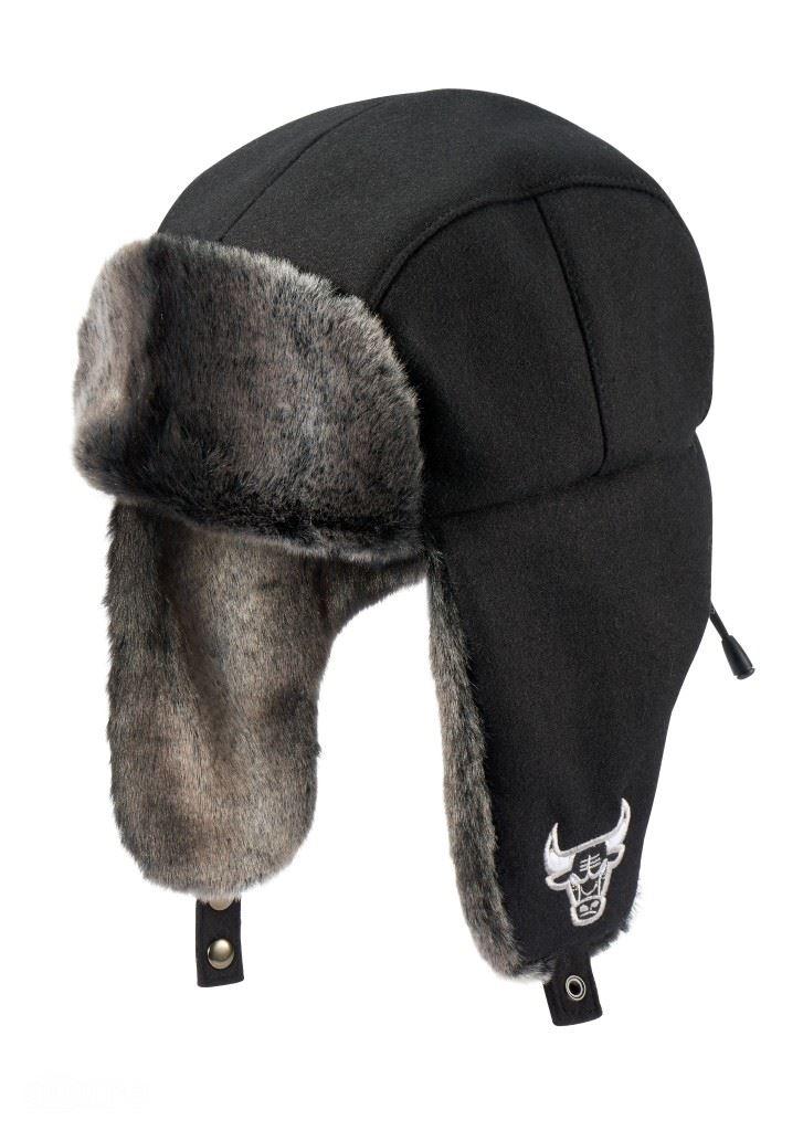 모와 레이온 소재의 귀마개 모자는 6만9천원, NBA.