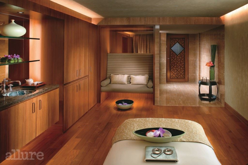 MOHKG - The Mandarin Spa Treatment Room (High Res.)