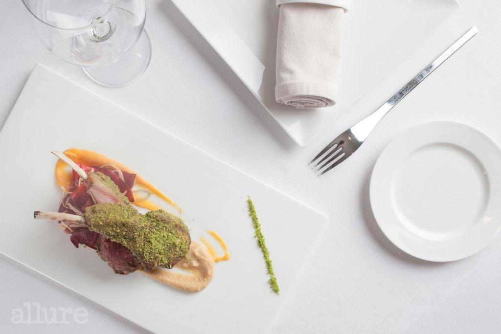 요리에는 최고급인 호셀리토 하몽을 이용한다.
