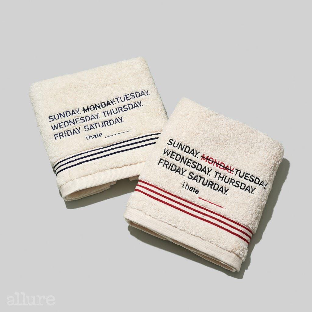 아이헤이트먼데이의 스트라이프 타월세트 여러 번 세탁해도 섬유 조직이 탄탄한 프리미엄 코마 면사를 사용했다. 그래서 먼지와 보풀이 쉬이 생기지 않는 편. 각각 8천원. 4
