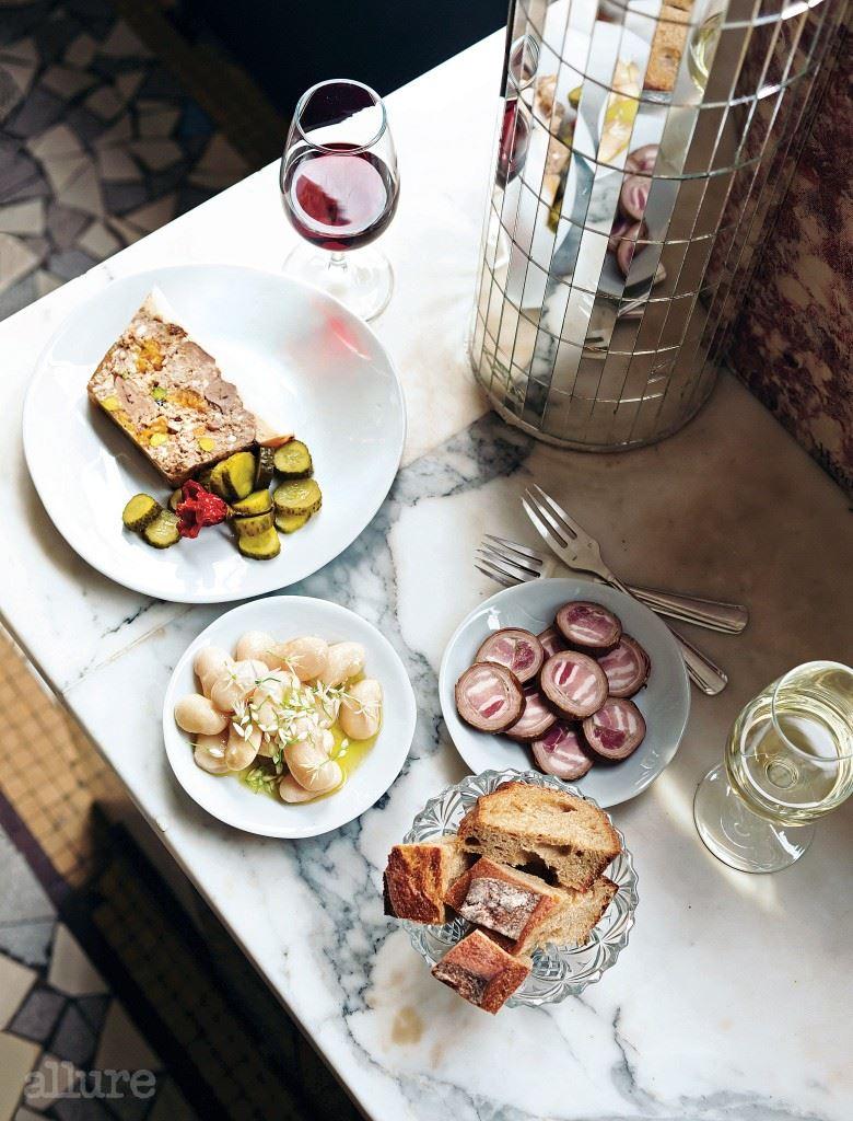 와인과 가볍게 즐기기 좋은 라 뷔베트 드 카미유의 요리.