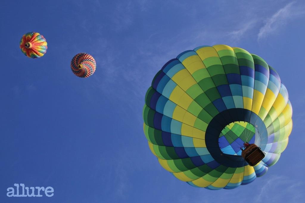 hot-air-balloons-1984308