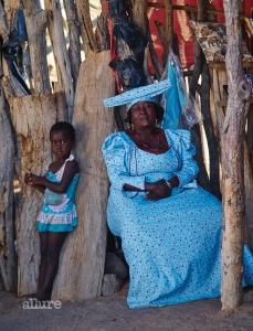 선한 미소를 지닌 나미비아의 어느 소수 부족 여인.