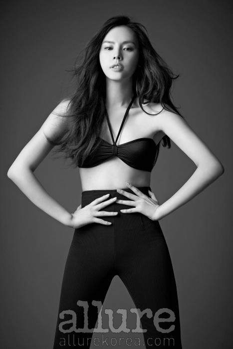 무용과 운동으로 다진 탄탄한 몸매가 매력적인 모델 구은애.