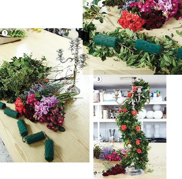 1. 재료와 촛대. 촛대가 없다면 스탠드나옷걸이를 이용해도 좋다. 2. 원형 폼의 한 면에 청지목 등 그린을 우선꽂는다. 폼의 연결 부위를 꼼꼼히 감출 것! 3. 촛대에 갈란드를 고정한 후본격적으로 꽃을 꽂기 시작한다.