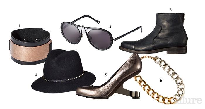 그를 위한 액세서리1 소가죽과 브라스 소재 팔찌는 5만9천원, 카이아크만. 2 메탈 소재 선글라스는 1백35만원, 피큐 아이웨어 바이 디케이(PQ Eyewear by DK). 3 송아지가죽 소재의 앵클 부츠는 가격미정, 올세인츠(Allsaints).그녀를 위한 액세서리4 스터드 장식의 울 소재 페도라는 10만원대, 쥬시 꾸뛰르(Juicy Couture). 5 독특한 굽 장식의 메탈릭 가죽 소재 구두는 43만8천원, 유나이티드 누드(United Nude). 6 브라스 소재의 체인 목걸이는 5만8천원, 엠주(Mzuu).