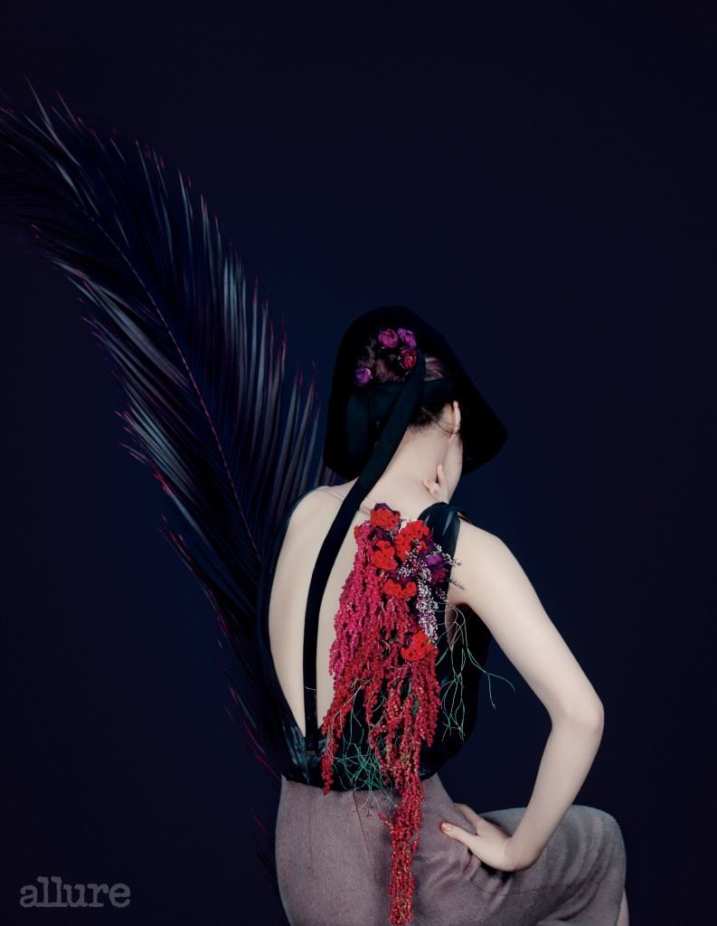 실크와 알파카 소재 드레스는 맥앤로건(Mag&Logan).