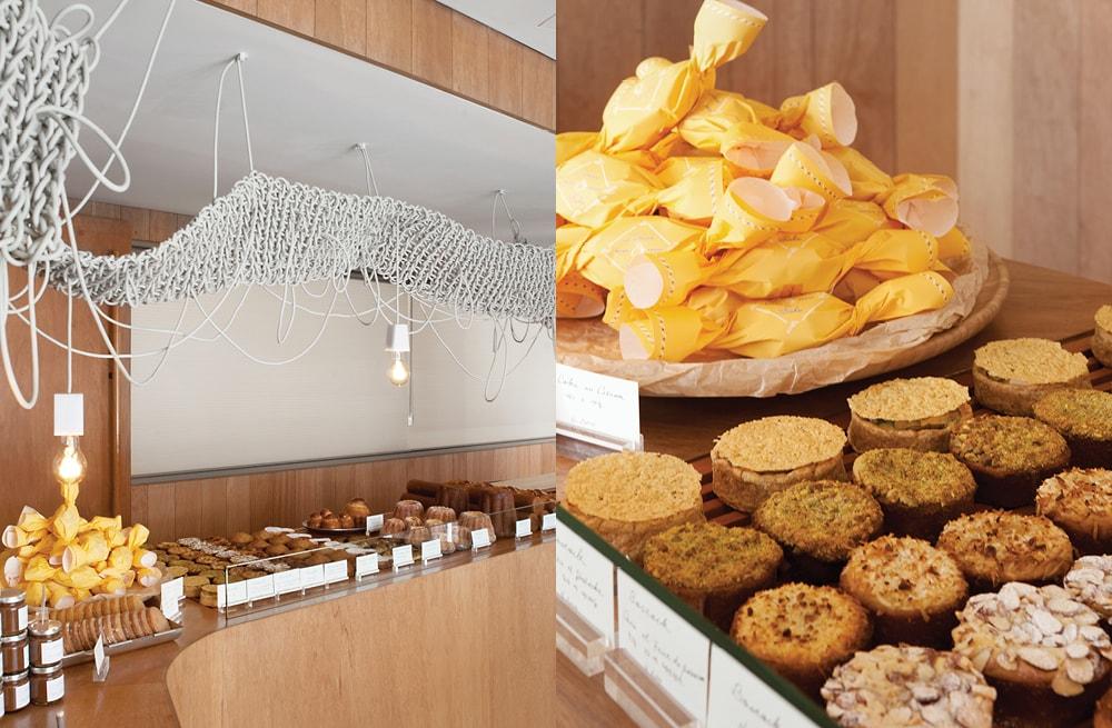 빵이 진열된 쇼케이스와 케크 오 시트롱과 보스톡.