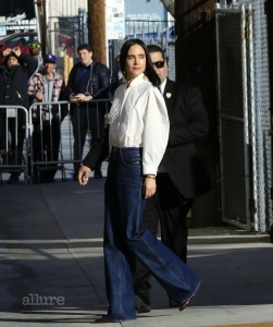 Jennifer Connelly and Richard E. Grant arrive for appearances on Jimmy Kimmel Live! February 7, 2019. Pictured: Jennifer Connelly Ref: SPL5061832 070219 NON-EXCLUSIVE Picture by: Cathy Gibson / SplashNews.com Splash News and Pictures Los Angeles: 310-821-2666 New York: 212-619-2666 London: 0207 644 7656 Milan: 02 4399 8577 photodesk@splashnews.com World Rights